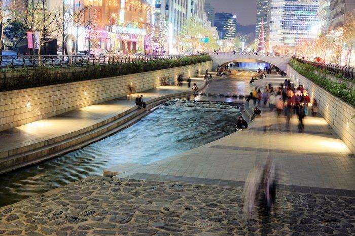 Korea Tour_Seoul city tour_Cheonggyecheon Stream