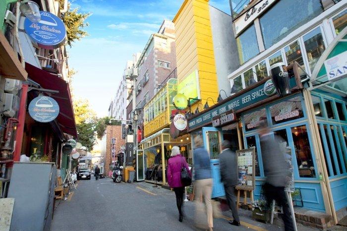 Korea Tour_Itaewon Street